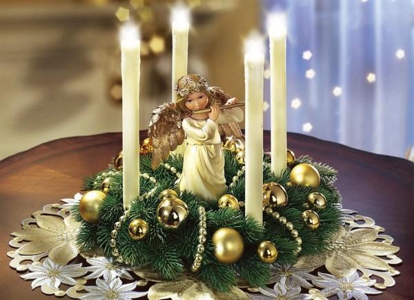 Adventskranz mit LED Kerzen und Engel Figur