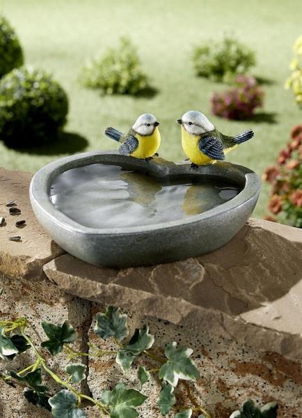 Vogelfutterstelle herzform Vogelbad